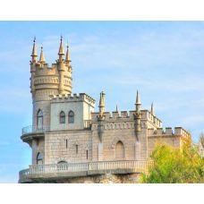 Живопись на холсте Ласточкино гнездо в Крыму на фоне неба Екатерины Высотиной, 40x50, Paintboy, GX24654