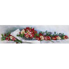 Вышивка бисером на габардине Лирика, 50x14, Астрея