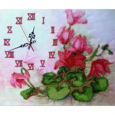 Набор для вышивания бисером на шелке Часы с цикламенами, 30x35,5, Fedi