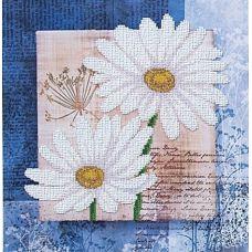 Набор для вышивания бисером Цветы любви 1, 26,5x26,5, Магия канвы