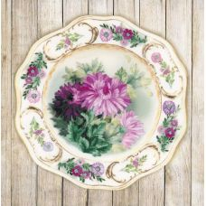 Набор для вышивания гладью Тарелка с хризантемами, частичная вышивка, 21x21, Риолис, Сотвори сама